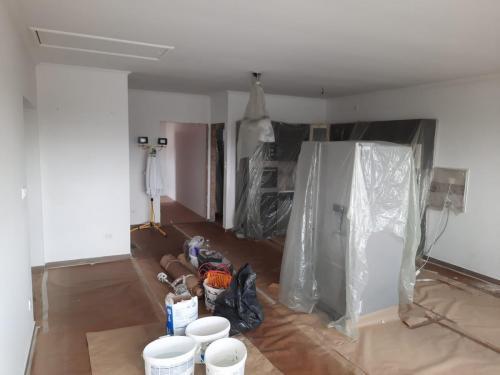 Tatabánya - családi ház festés